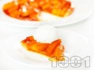 Рецепта Тарт татен - бърз и лесен сладкиш / торта за десерт без яйца и брашно с многолистно бутер тесто и карамелизирани ябълки на фурна за десерт